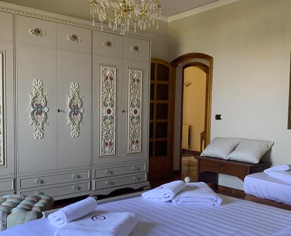 Sicily Room 304